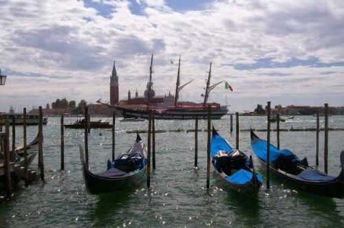 Editor copywriter travel Venice